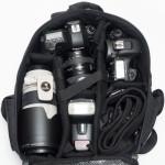 Amazonのベーシックカメラバッグは懐深い